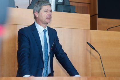 """Vlaams Belang steunt volmachten Brusselse regering, """"maar niet van harte"""""""