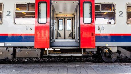 """Vlaams Belang hekelt afschaffing P-treinen: """"Nu net meer ruimte maken"""""""