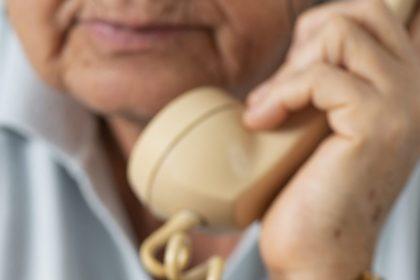 Brussel: Vlaams Belang verheugd nadat VGC bejaarden wil opbellen
