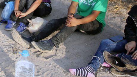 """""""Grenzen openen voor niet-begeleide minderjarigen stimuleert illegale migratie"""""""