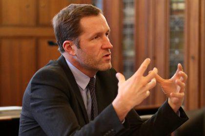 Vlaams Belang vraagt excuses na uitspraken Magnette over boekhouders