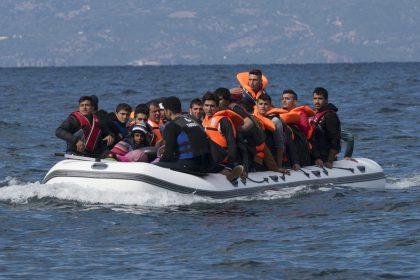 """Vlaams Belang keurt invliegen niet-begeleide minderjarige migranten af: """"Poort openzetten"""""""