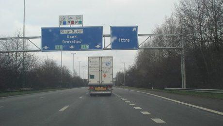 """Foto: Rossano - Wikimedia. """"Snelheidsbeperking Brusselse Ring is gewoon nieuw rondje autopesten"""""""