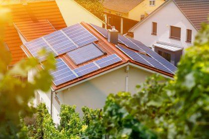 Vlaams Belang kant zich tegen nieuwe installatiepremie zonnepanelen