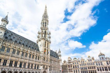 """Jaarverslag handhaving bestuurstaalwetgeving Brussel """"dramatisch slecht"""""""