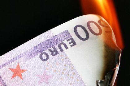 """Vlaams Belang noemt Belgische 17 miljard aan EU-herstelfonds """"waanzin"""""""