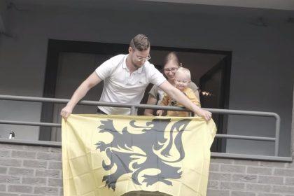 Vlaams Belang kleurt met 40.000 leeuwenvlaggen 'Vlaanderen Vlaams'