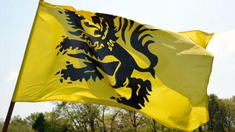 """Vlaams Belang daagt Jambon uit in 11 juli-boodschap: """"Start onderhandelingen met Wallonië"""""""
