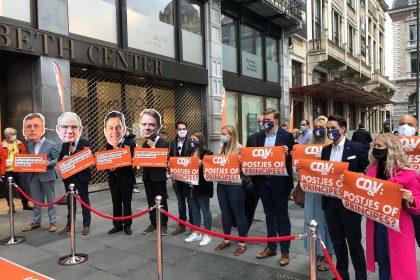 Vlaams Belang voert actie aan CD&V-congres tegen paarsgroene coalitie