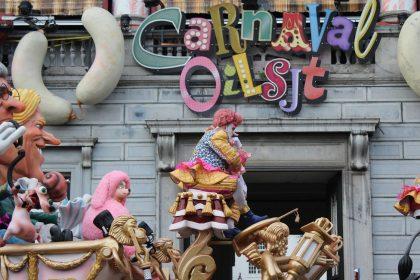 """Vlaams Belang na anti-Aalst Carnaval toespraak von der Leyen: """"Waarmee bemoeit de EU zich?"""""""