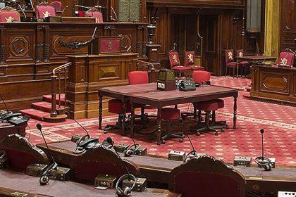 """Reglement senaat aangepast om D'hose voorzitter te maken: """"Uitholling democratie"""""""