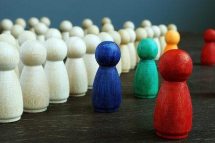 """""""Nul euro voor de multiculturele speeltuin het Minderhedenforum"""""""