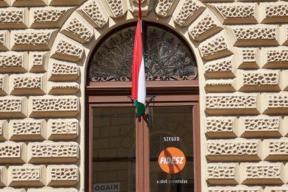 Vlaams Belang steunt verzet Polen en Hongarije:
