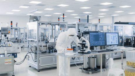 """Vlaamse ondersteuning farmasector: """"Focus op kennisverankering en hightech"""""""