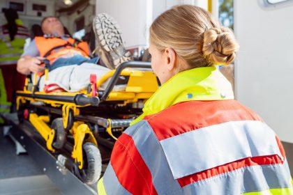 """Problemen rond ziekenhuisvervoer: """"Waardeer de zorgverleners"""""""