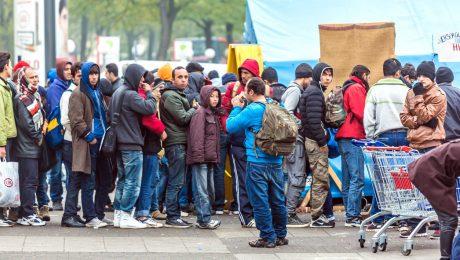 """'Kerstcadeau' van Vlaamse regering: """"Vlaming draait op voor steeds duurder integratiebeleid"""""""