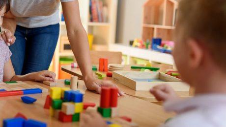 """Kleuteronderwijs moet ambitieuzer met focus op """"al spelend leren"""""""