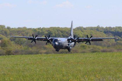 """""""Laatste C-130 moet in Steenokkerzeel blijven"""""""