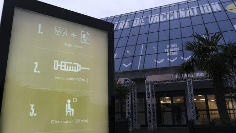 """Geen Nederlands in vaccinatiecentra Brussel: """"Vlaamse regering moet actiever opkomen voor taalrechten Vlamingen"""""""