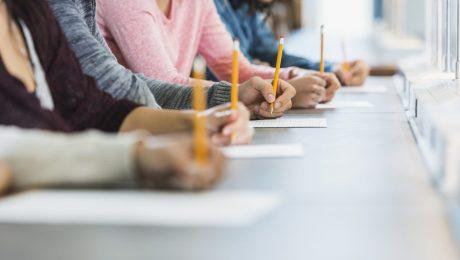 """Voorbereidingssessies voor toelatingsexamen arts aan UGent enkel voor allochtonen: """"Dit is discriminatie"""""""