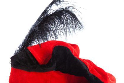 """Zwarte Piet racistisch volgens 'Oversight Board' van Facebook: """"Ongeoorloofde inmenging"""""""