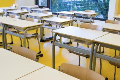 """Artsen bevestigen pleidooi Vlaams Belang: """"Jongeren moeten opnieuw voltijds naar school gaan"""""""