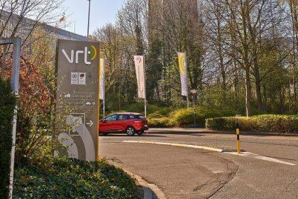 Nieuwe cijfers bewijzen: Vlaams Belang is ongewenste gast bij VRT
