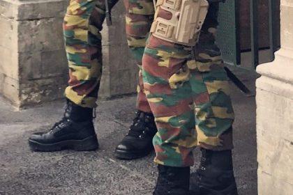 """""""1.502 militaire jobs te weinig naar Vlamingen"""""""