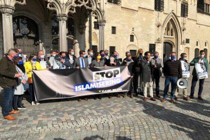 Vlaams Belang voert actie in Mechelen voor vrijheid van meningsuiting naar aanleiding van Voorpost-vonnis