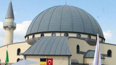 Genkse Yunus Emremoskee behoudt erkenning en subsidies ondanks Turks extremisme