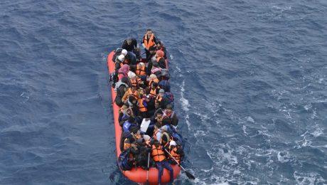 """Illegale migratie groeit: """"Britten geven het voorbeeld"""""""