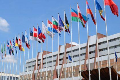 Vlaams Belang wil meldingsplicht NGO's in Raad van Europa