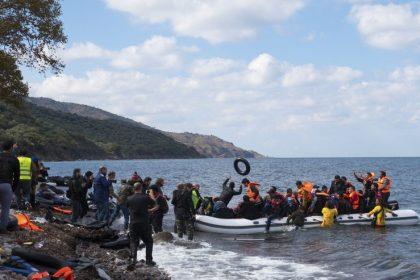 """Ondanks uitdrukkelijke belofte dit niet te doen wilMahdi opnieuw 150 mensen uit Griekse kampen naar België halen: """"Mahdi blijft mak"""""""
