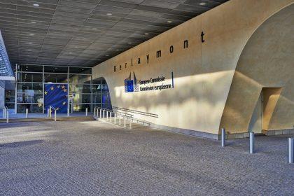 """Wil de Europese Commissie campagne voeren tegen autochtone Europeanen?"""