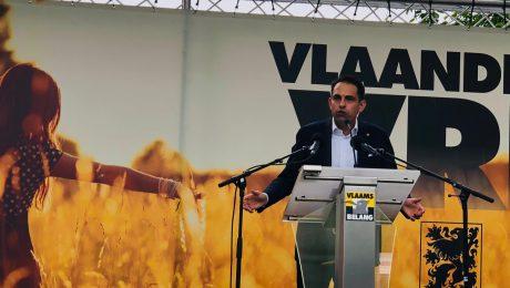 Van Grieken breekt lans voor Vlaamse frontvorming op 11 juli-viering Vlaams Belang in Kortriijk