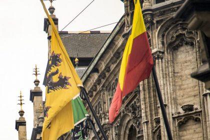 """""""Eens blaffen naar het federale niveau is niet genoeg, de Vlaamse Regering moet zich volledig emanciperen"""""""