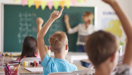 Vlaams Belang wil bij start van nieuw schooljaar minimumleeftijd loonanciënniteit leraren schrappen