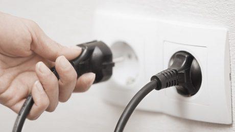 """Vernieuwde energiefactuur: """"Pure regelneverij van Demir"""""""
