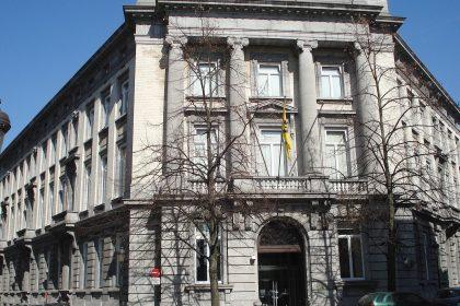 VB haalt slag thuis: Ziekteregeling in parlementen wordt beteugeld