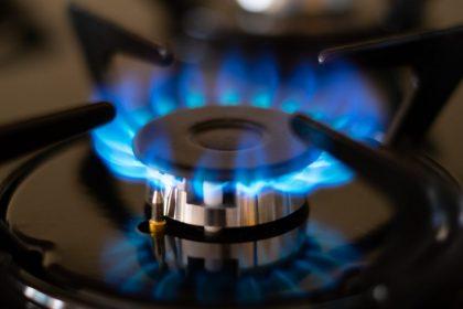 """Gasfactuur bereikt kaap van 1.609 euro: """"Overheid jaagt zélf energieprijzen de hoogte in"""""""