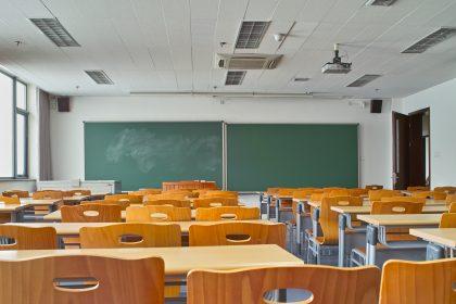 """Lerarentekort wordt nog acuter: """"Vlaamse regering moet doortastender maatregelen nemen"""""""